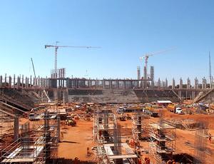 obras no estádio Nacional de Brasília (Foto: Marcelo Junior / Globoesporte.com)