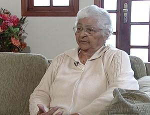 FRAME mãe do Geraldo jogador do Flamengo (Foto: Reprodução / TV Globo)