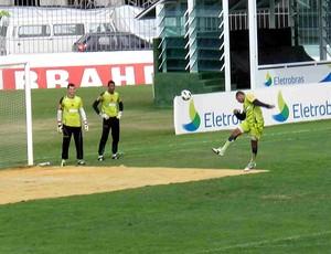 alecsandro vasco treino (Foto: Rafael Cavalieri / Globoesporte.com)