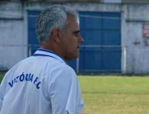 Vevé, técnico do Vitória-ES (Foto: Igor Gonçalves/GloboEsporte.com)