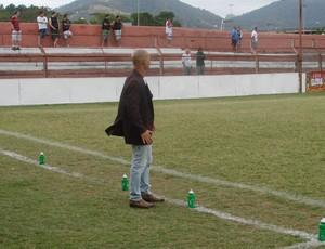 Aridélson Bianchi, técnico da Desportiva Ferroviária (Foto: Leandro Nossa/GloboEsporte.com)