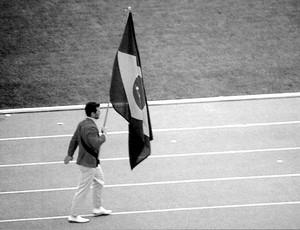 joão gonçalves filho porta-bandeira olimpíada méxico (Foto: Arquivo Pessoal)