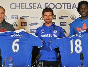 Romeu e Lukaku são apresentados no Chelsea (Foto: AFP)