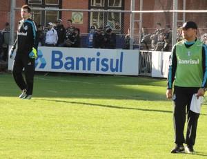 Celso Roth no treino do Grêmio (Foto: Eduardo Cecconi/Globoesporte.com)