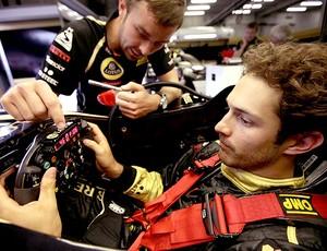 Bruno Senna no carro da Renault (Foto: Divulgação)