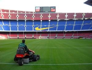 Gramado do Camp Nou, estádio do Barcelona, em 2009 (Foto: Artur Melo - Arquivo pessoal)
