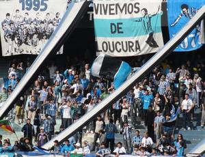 Torcida do Grêmio no treino do alento (Foto: Eduardo Cecconi/Globoesporte.com)
