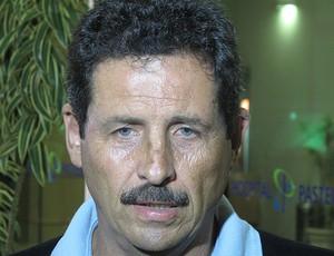 duílio visita ricardo gomes (Foto: Fred Huber/Globoesporte.com)