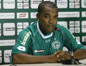 Alan Bahia, volante do Goiás (Foto: Rosiron Rodrigues/Goiás E.C.)