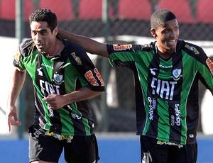 andre dias américa-mg gol vasco (Foto: Marcelo Sadio / Agência Estado)