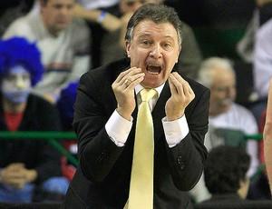 Ruben Magnano basquete brasil x argentina (Foto: AP)