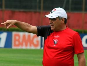 vagner benazzi em treino do vitoria (Foto: Divulgação/Site Oficial)