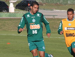 Demerson, zagueiro do Coritiba (Foto: Gabriel Hamilko / GloboEsporte.com)