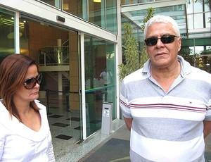 Roberto Dinamite visita Ricardo Gomes no hospital (Foto: Rafael Cavalieri / GLOBOESPORTE.COM)