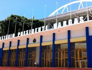 Estádio Presidente Vargas (Foto: Diego Morais / Globoesporte.com)