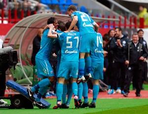 Zenit comemora gol sobre o Lokomotiv Moscow (Foto: Getty Images)
