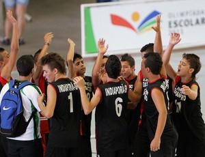 Jogadores da Escola E. Dathan Cervo (SP) comemoram vitória nas Olimpíadas Escolares (Foto: Wagner Carmo / COB)