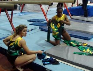 ginástica Jade Barbosa Daiane dos Santos treino seleção (Foto: Gabriele Lomba / Globoesporte.com)
