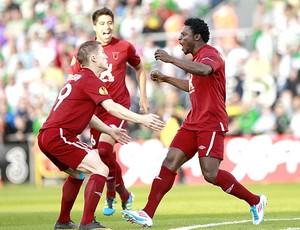 Obafemi Martins comemora gol do Rubin Kazan (Foto: Ap)