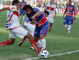 Reginaldo Júnior, atacante do Fortaleza (Foto: Tuno Vieira / Agência Diário)