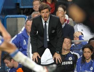 André Villas-Boas no jogo do Chelsea contra o Fulham (Foto: Reuters)