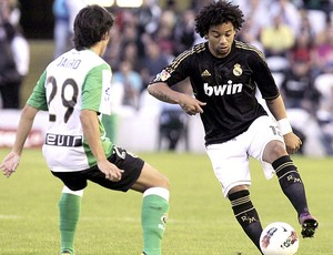 Marcelo no jogo do Real Madrid contra o Racing (Foto: EFE)