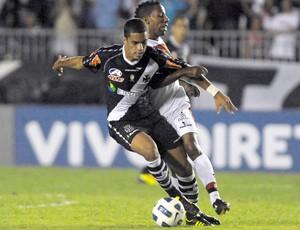 Romulo, Vasco x Atletico-GO (Foto: Alexandre Loureiro/Fotocom.net)