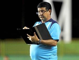 Joel Santana no jogo do Bahia (Foto: Ag. Estado)