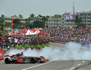 lewis hamilton mclaren evento india (Foto: Agência AFP)