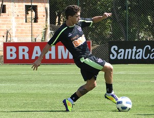 neto berola atlético-mg treino (Foto: Lucas Catta Prêta / Globoesporte.com)