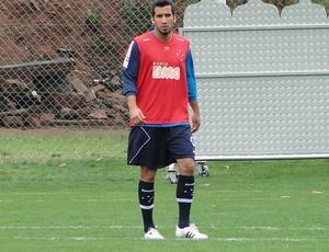 Victorino treino Cruzeiro (Foto: Leonardo Simonini / Globoesporte.com)
