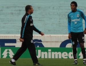 Celso Roth e Brandão (Foto: Eduardo Cecconi/Globoesporte.com)
