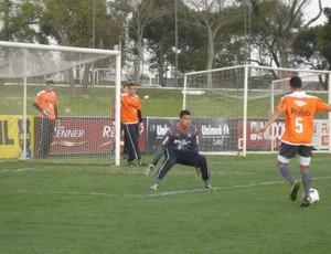 Treino de finalização do Atlético-PR (Foto: Fernando Freire/Globoesporte.com)