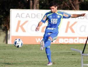 Pedro Carmona no treino do Palmeiras (Foto: Piervi Fonseca/Agência Estado)