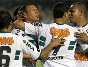Coritiba comemora vitória sobre o Grêmio (Foto: Divulgação/Coritiba)