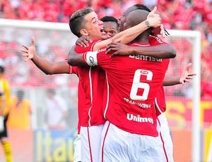 Dalessandro gol Internacional (Foto: Luis Gonçalves / Press Digital)