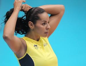 Volei - Paula Pequeno no treino da Seleção Brasileira no Pan-Americano (Foto: Alexandre Cassiano/Agência O Globo)