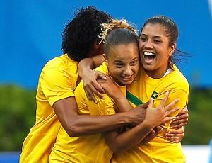 maurine tania  thais Seleção feminina futebol brasil x argentina pan (Foto: Reuters)