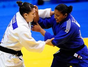 Mayra Aguiar resolve luta em apenas 28 segundos e é bronze no judô
