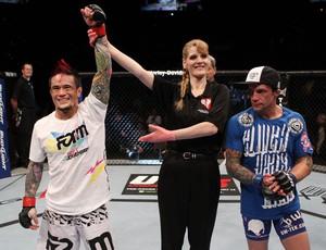 Scott Jorgensen derrota Jeff Curran pelo UFC 137  (Foto: Divulgação/UFC)