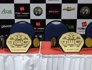 Cinturões do Night of World Champions (Foto: Bruno Marinho / GloboEsporte.com)