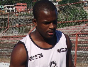 Evandro, atacante do Rio Branco-ES (Foto: Deysiane Gagno/Rio Branco AC)