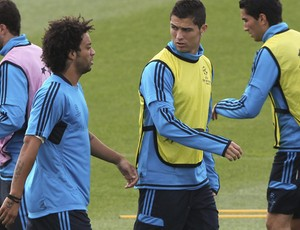 Marcelo e Cristiano Ronaldo no treino do Real Madrid (Foto: EFE)