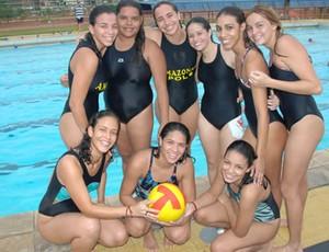 Meninas treinam na Vila Olimpica de Manaus (Foto: Reprodução )