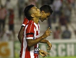Kieza e Rogério, a dupla de atacantes do Náutico na Série B  (Foto: André Nery/Agência Náutico)