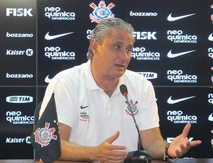 Tite na coletiva do Corinthians (Foto: Wagner Eufrosino / Globoesporte.com)