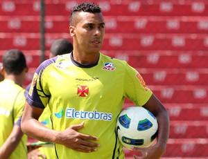 Elton no treino do Vasco (Foto: Marcelo Sadio/vasco.com.br)