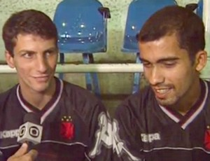 Frame Felipe e Pedrinho no vasco em 1998 (Foto: Reprodução)