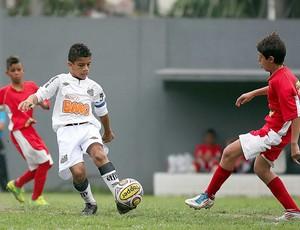 Wesley santos pré-mirim goleada américa FC (Foto: Pedro Ernesto Guerra / Santos FC)