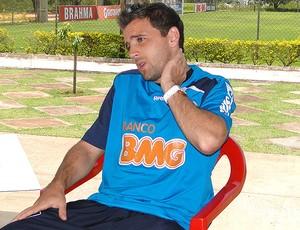 Montillo do Cruzeiro durante entrevista (Foto: Leonardo Simonini / Globoesporte.com)